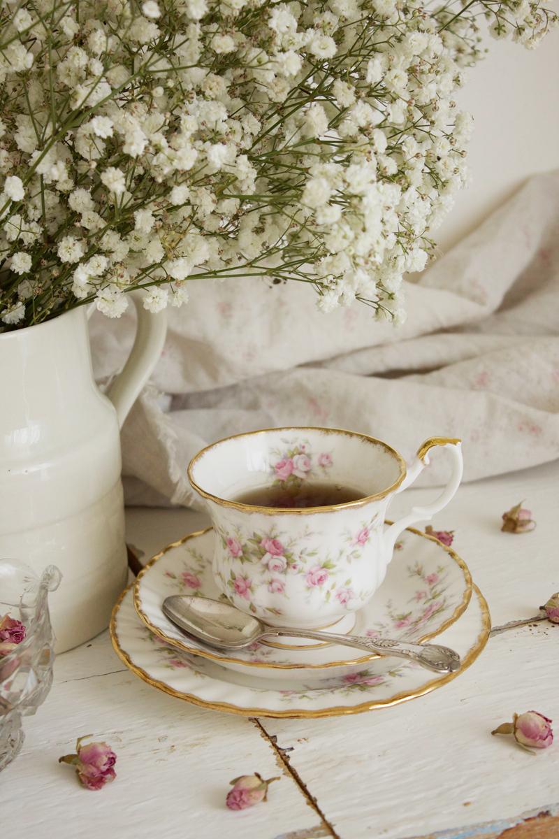 Galateo Tovagliolo A Destra piccolo galateo del tè - clelia canè | sito ufficiale