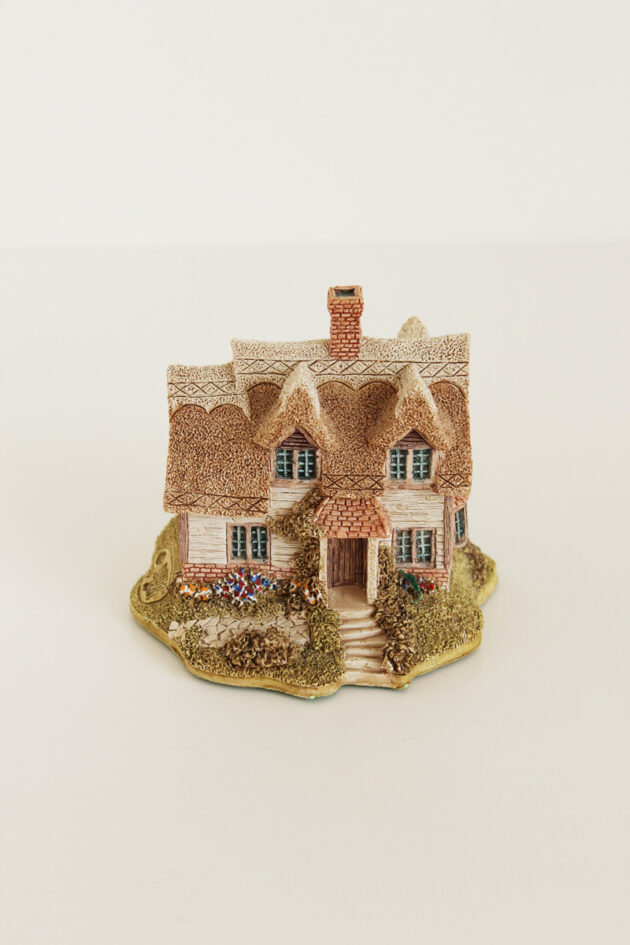 lilliput lane ash nook cottage