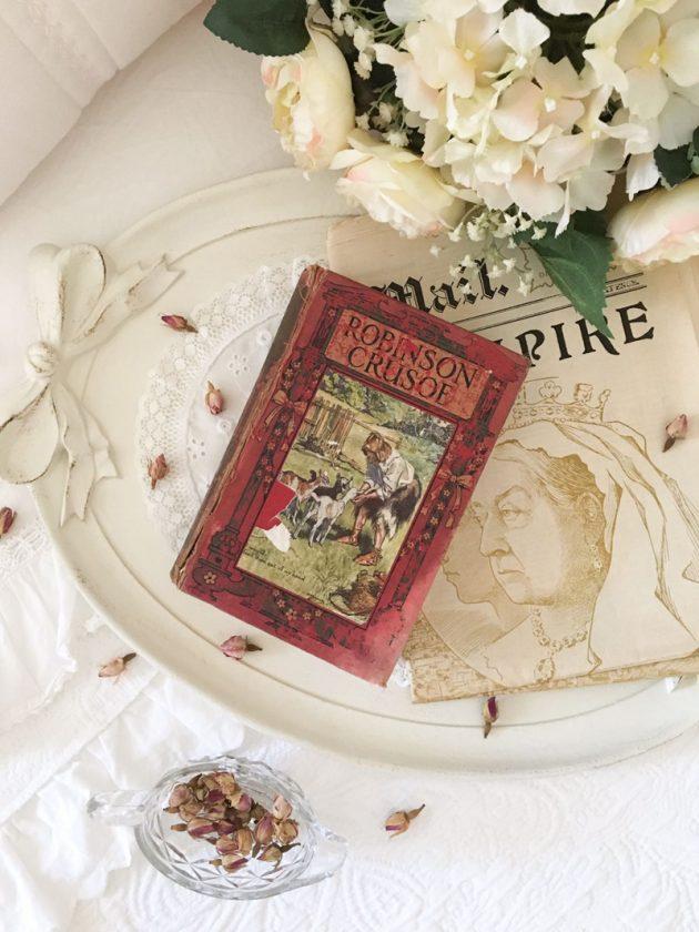 robinson crusoe daniel defoe vintage book